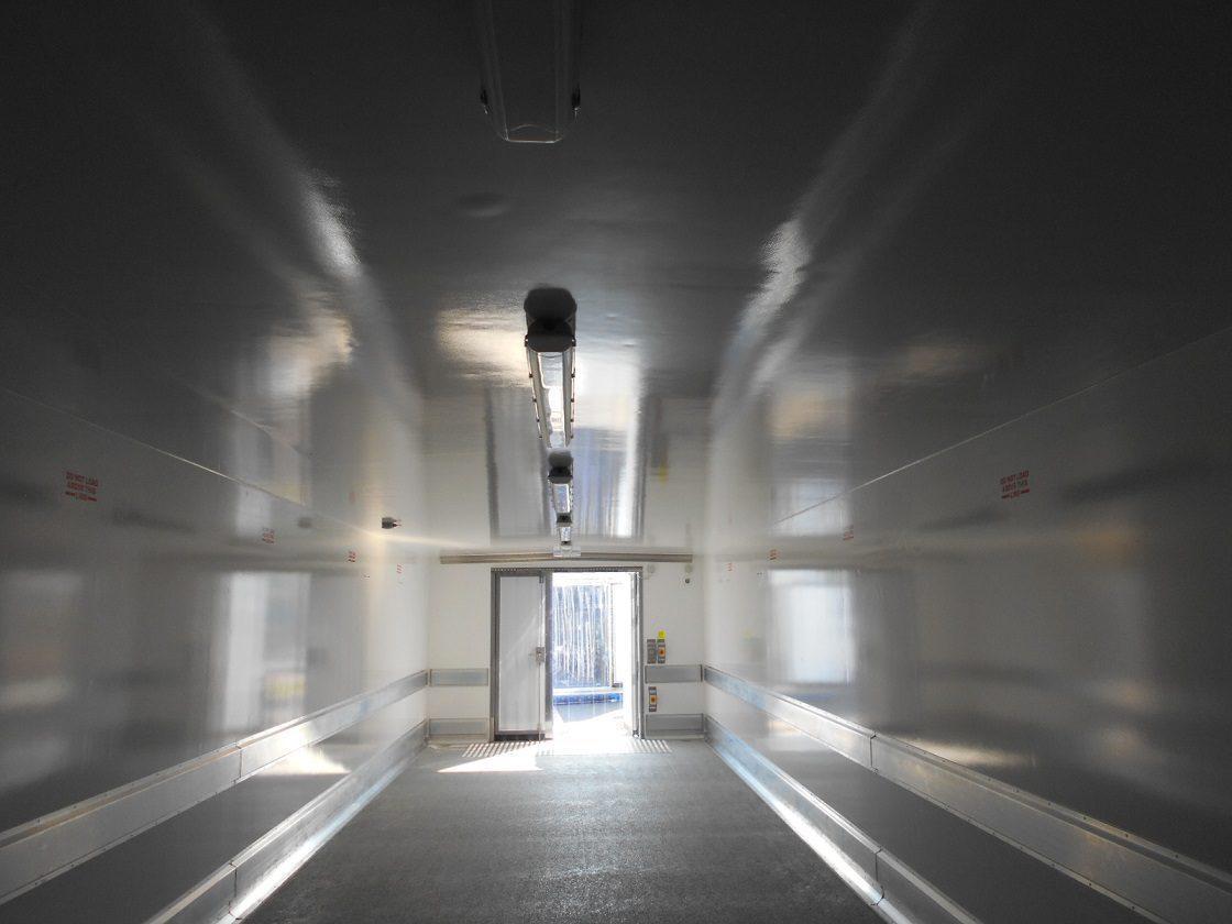 Intérieur chambre froide SB44